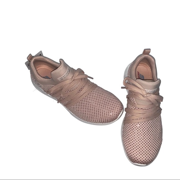 blush pink skechers